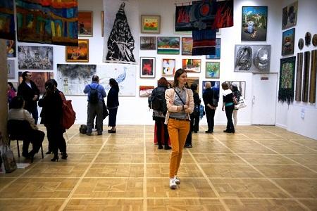 ЦДХ Выставка «Женщины в искусстве современного мира»